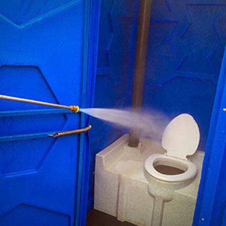 Последствия неправильного обслуживания туалетных кабин